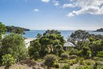 Waiheke Como Exec: Oneroa Beach 1 from apartment