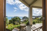 Waiheke Como Exec: Oneroa Beach from apartment