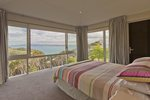 Waiheke Baywatch Estate: Grand views from bedroom