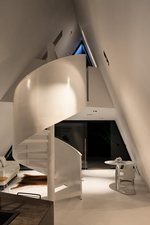Tent House: Spiral staircase