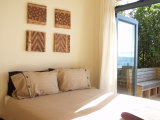 Waiheke Onetangi on the Beach: Master bedroom