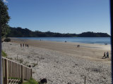 Waiheke Onetangi on the Beach: Onetangi beach