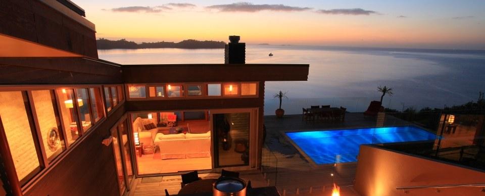 Luxury accomodation on waiheke island romantic getaways for Luxury romantic hotels