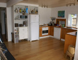 Waiheke Kiwi View Cottage: Kitchen