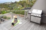 Waiheke Bayview Retreat: BBQ area of Oneroa holiday house 1