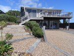 Waiheke Bayview Retreat: Waiheke Holiday House
