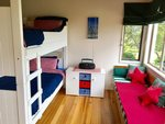 Waiheke Picnic Bay Hideaway: 2nd bedroom