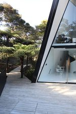Waiheke Tent House: House from the large deck